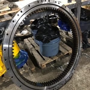 Круг поворотный CASE CX210